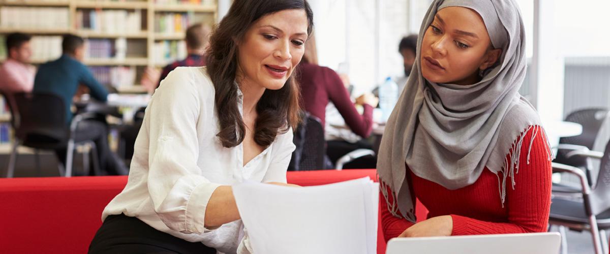 Pathway to Canada - Kanada içindeki başvuru sahipleri durumlarını İşçi, Öğrenci veya Ziyaretçi olarak değiştirmeye uygun olabilir.